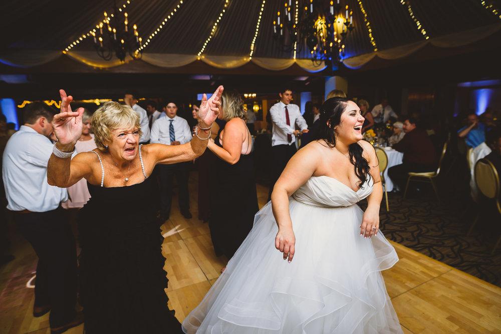 Philadelphia-Wedding-Photographer-0075.jpg