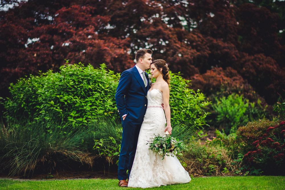 Downingtown-Country-Club-Wedding-Photographers-in-Philadelphia-0001.jpg