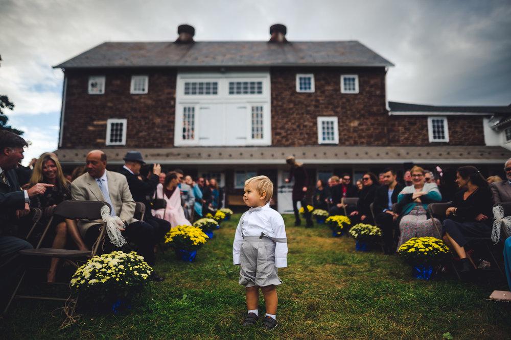 Durham-Hill-Farm-Wedding-Photographers-in-Philadelphia-0001-2.jpg