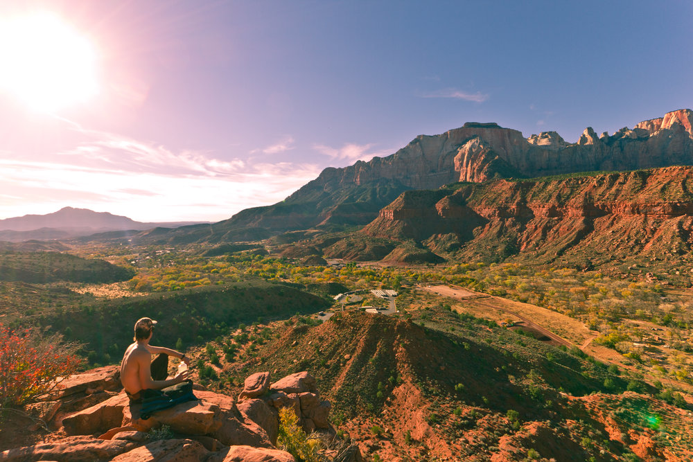 ZION NATIONAL PARK -  OUTDOORSMAN : AARON PEREZ