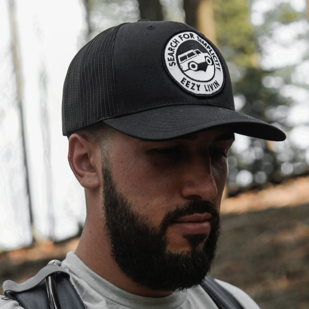 Precurved Brim - comfort that goes the distance.