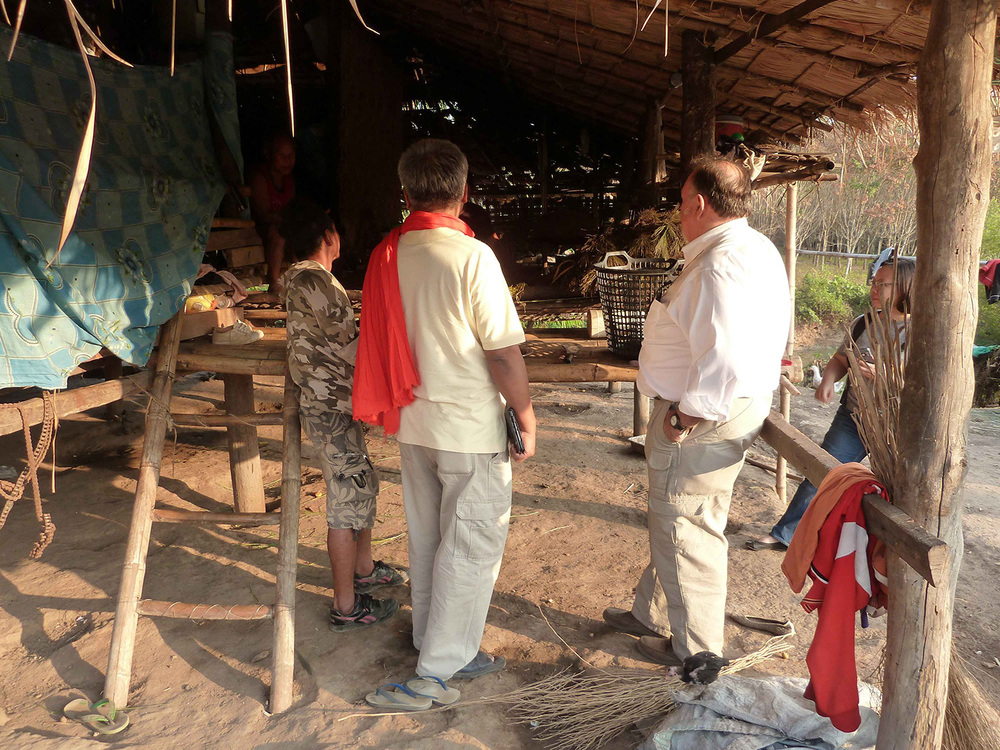 Talking to the locals (Fung Na community)