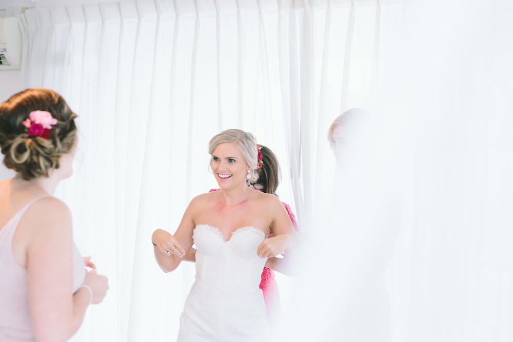 Courtney + Chris_Girls Getting Ready-5193.jpg