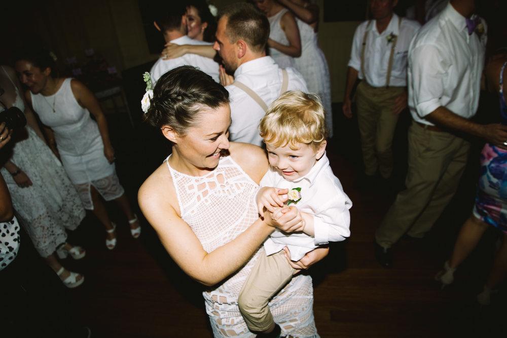 Katie-Jane+Robbie_Dancefloor_lowres-6613.jpg
