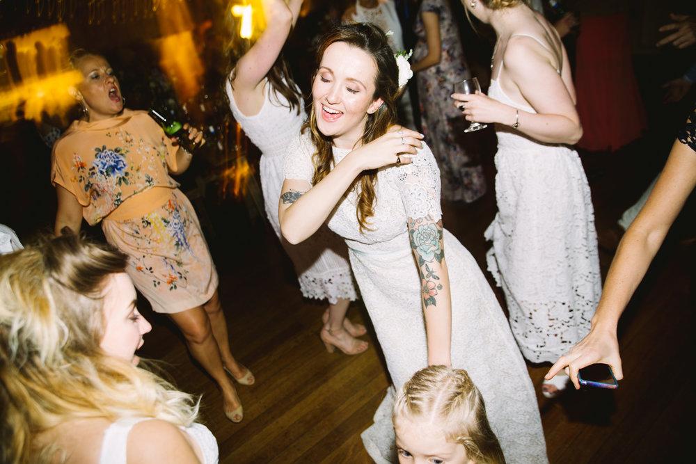 Katie-Jane+Robbie_Dancefloor_lowres-7352.jpg