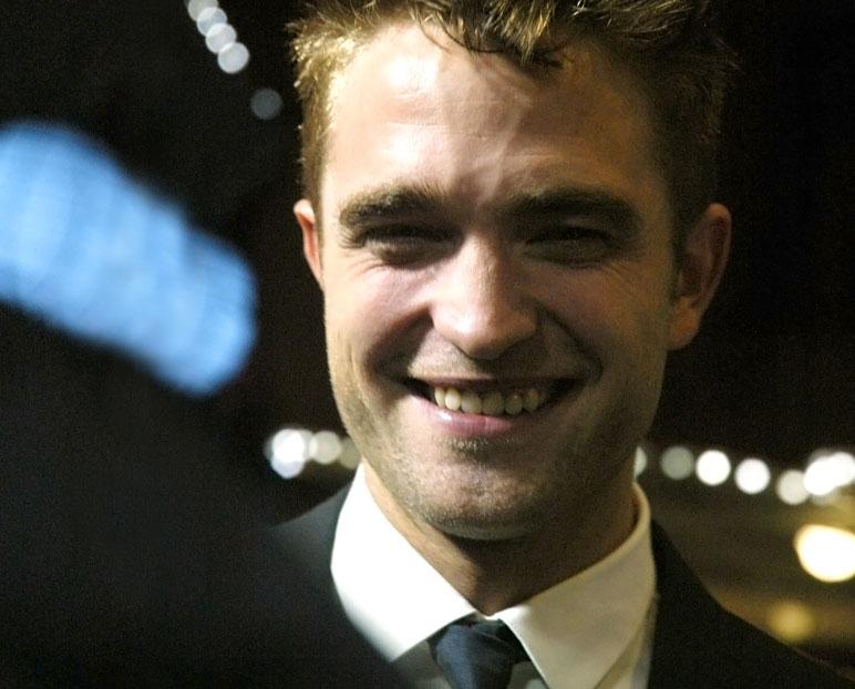 Pattinson-1b.jpg