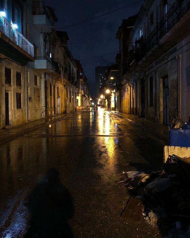 i got rain for my birthday. #iantmad #havana #cuba #rain #deserted