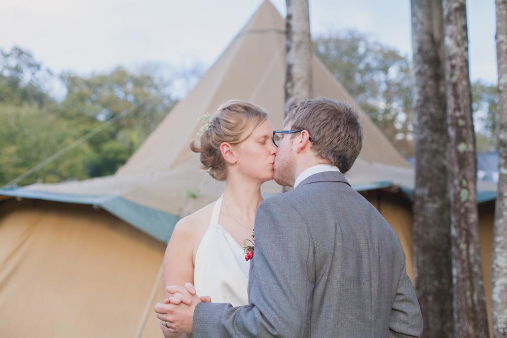 Fforest-wedding-photography-wales-Wedding-photographer-130.jpg