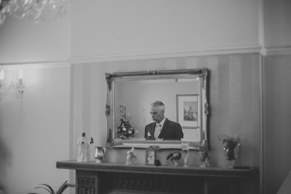 Delbury-Hall-Wedding-Photography-Shropshire-16.jpg