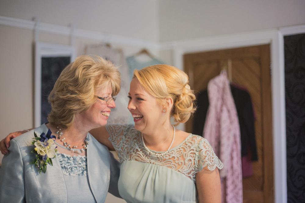Delbury-Hall-Wedding-Photography-Shropshire-23.jpg