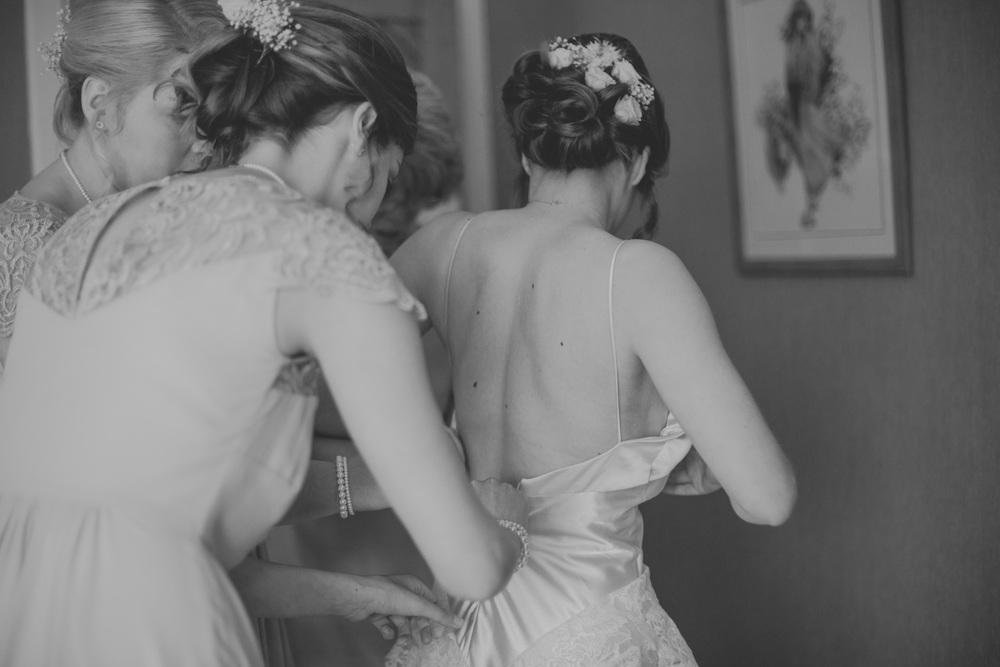 Delbury-Hall-Wedding-Photography-Shropshire-26.jpg