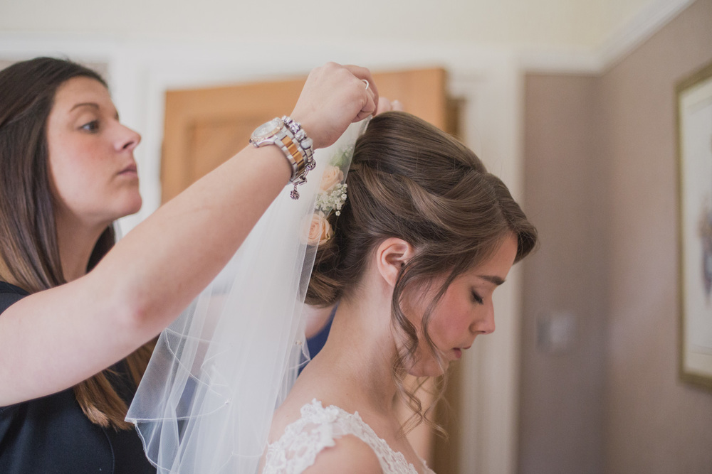 Delbury-Hall-Wedding-Photography-Shropshire-28.jpg