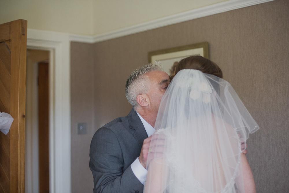 Delbury-Hall-Wedding-Photography-Shropshire-31.jpg