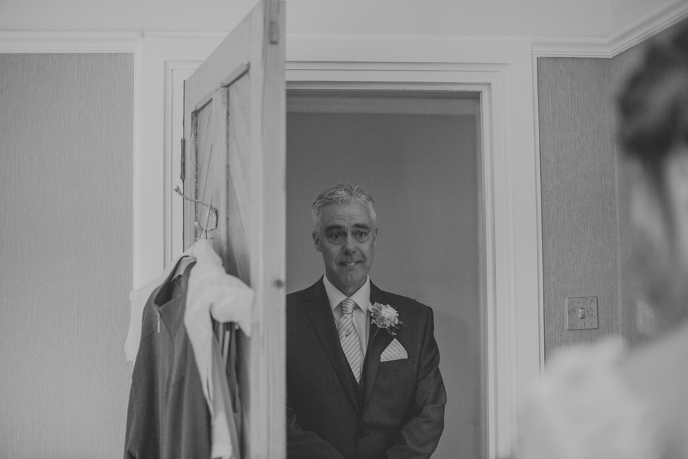 Delbury-Hall-Wedding-Photography-Shropshire-30.jpg