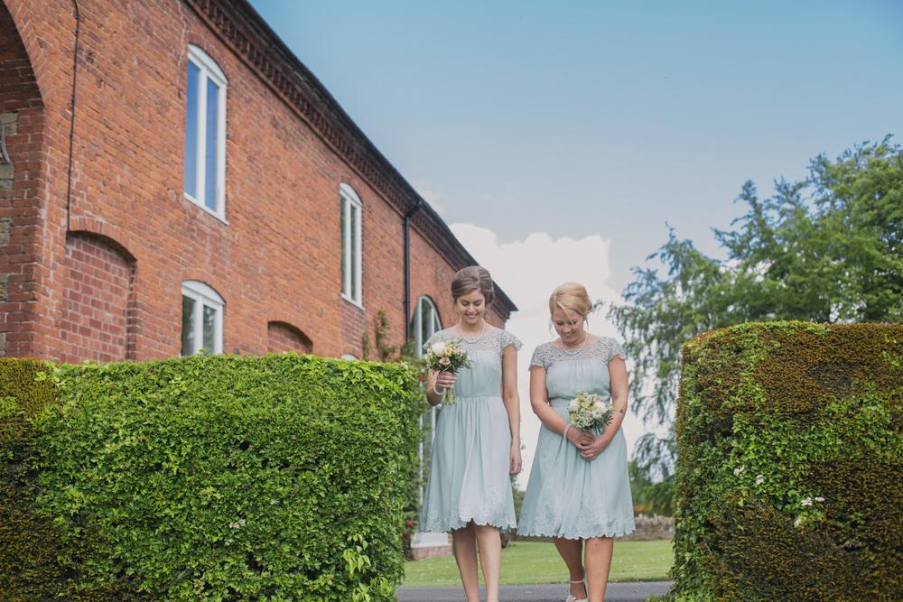 Delbury-Hall-Wedding-Photography-Shropshire-39.jpg