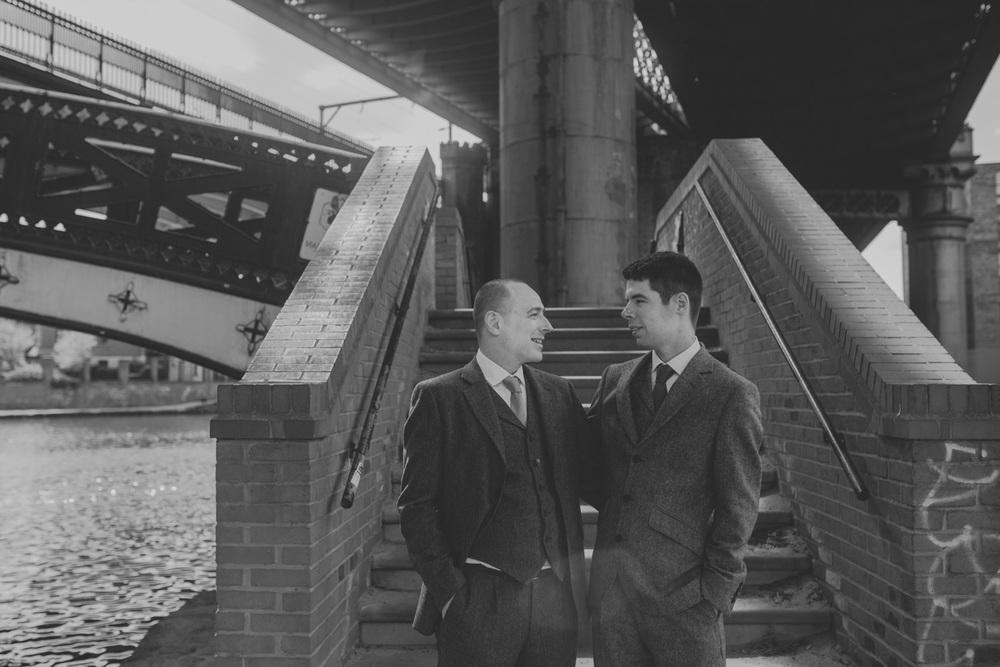 Manchester-Elopement-Wedding-Photography-19.jpg