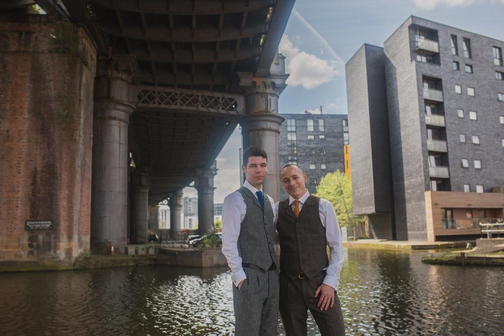 Manchester-Elopement-Wedding-Photography-22.jpg
