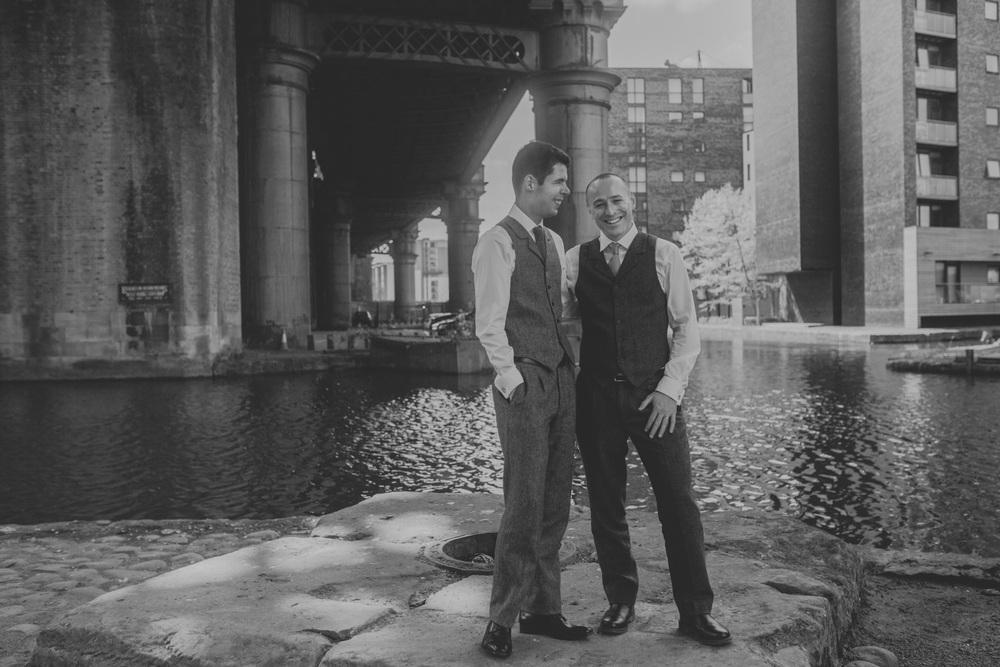 Manchester-Elopement-Wedding-Photography-23.jpg