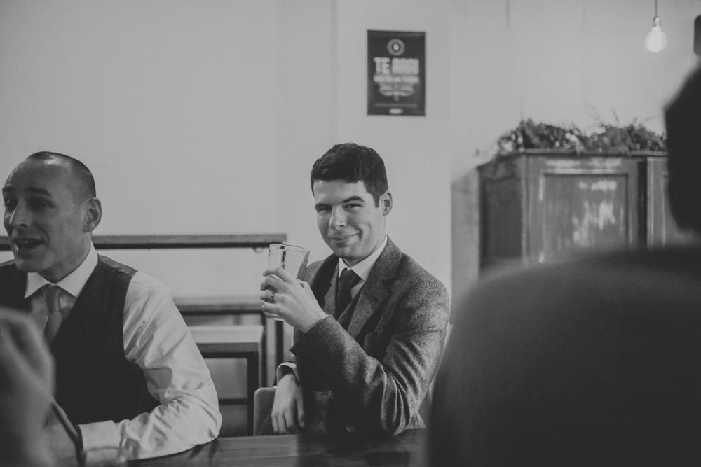 Manchester-Elopement-Wedding-Photography-30.jpg