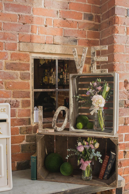 Shustoke-Barn-Wedding-Photography-Shropshire-15.jpg