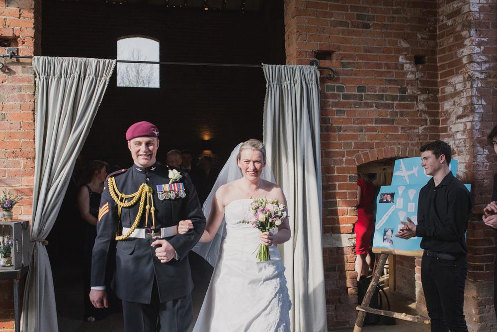 Shustoke-Barn-Wedding-Photography-Shropshire-35.jpg