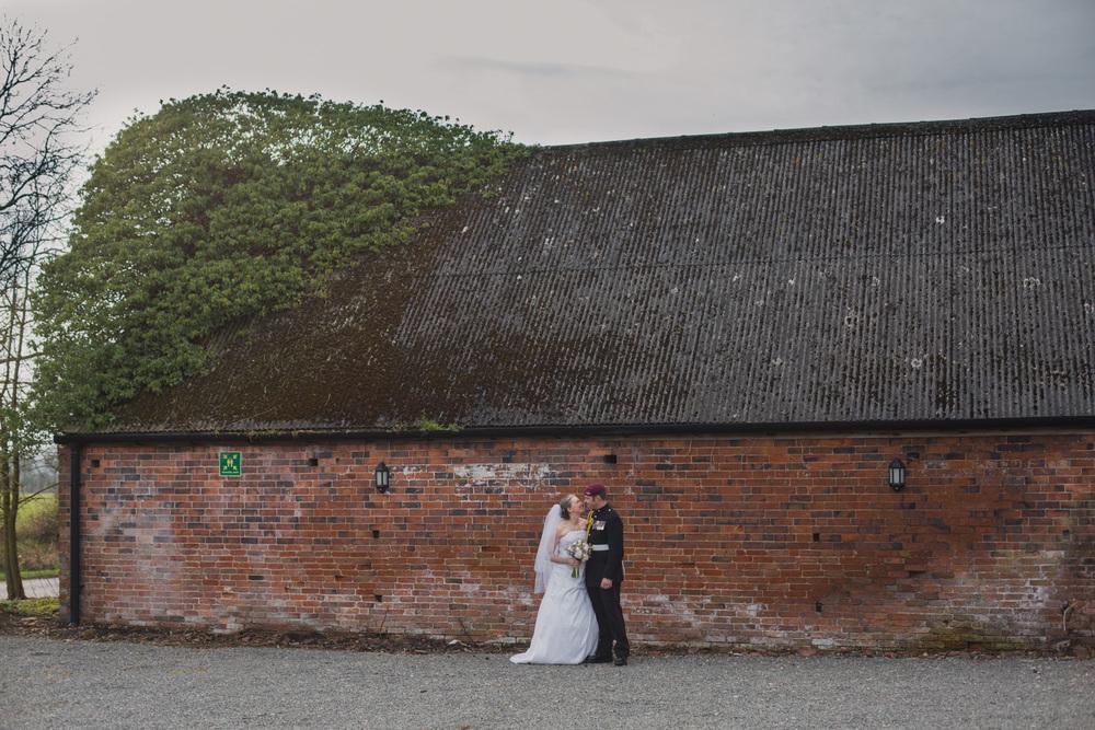 Shustoke-Barn-Wedding-Photography-Shropshire-44.jpg