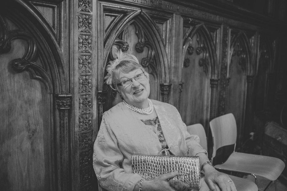 Salisbury_Cathedral_Wedding_Photography-26.jpg
