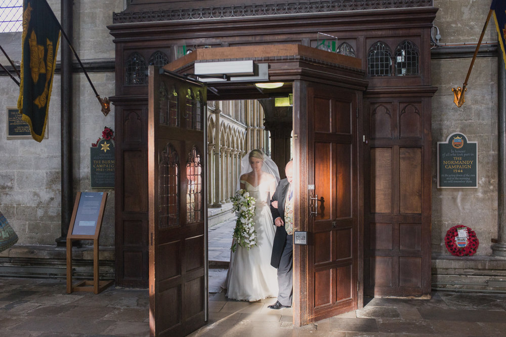 Salisbury_Cathedral_Wedding_Photography-30.jpg