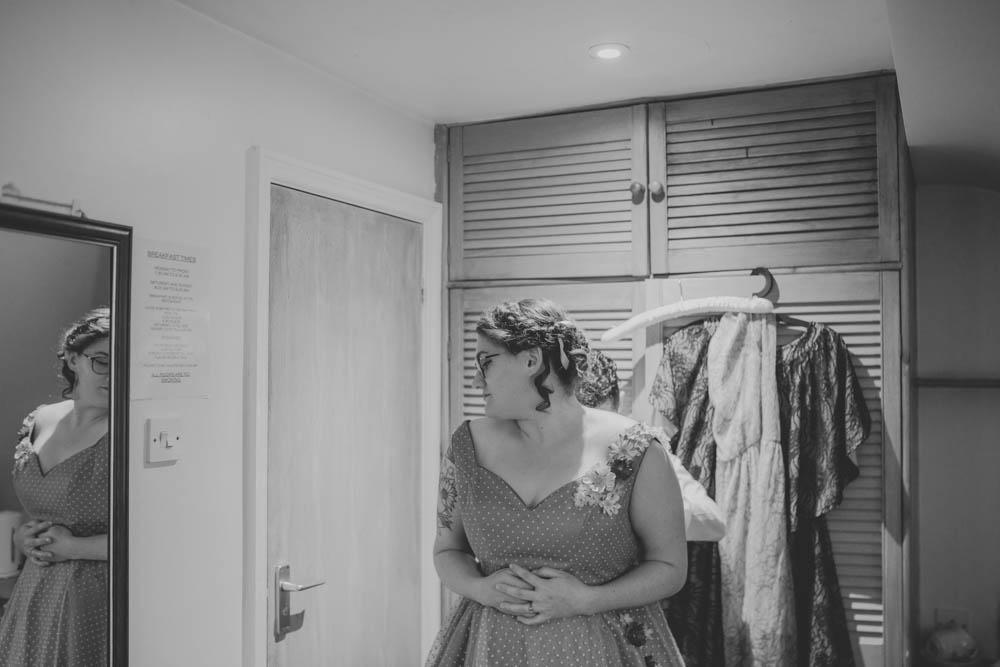Festival_Wedding_Photography_Stroud-4.jpg