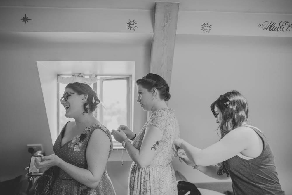 Festival_Wedding_Photography_Stroud-5.jpg