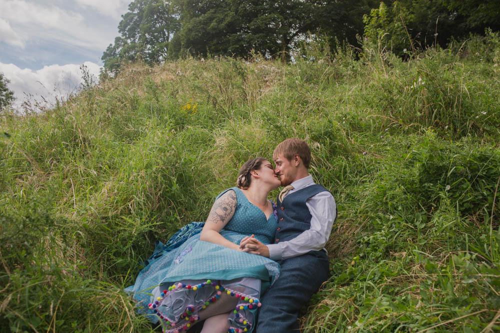Festival_Wedding_Photography_Stroud-26.jpg