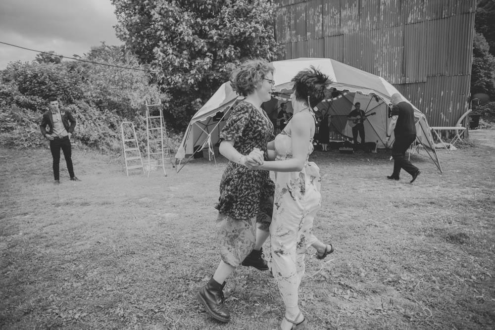 Festival_Wedding_Photography_Stroud-57.jpg