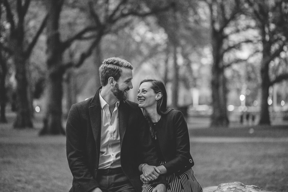GreenParkEngagementShootinLondon-ShropshireWeddingPhotographer-15.jpg