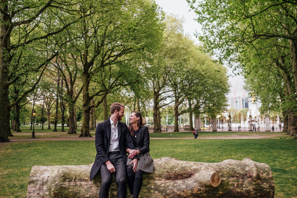 GreenParkEngagementShootinLondon-ShropshireWeddingPhotographer-16.jpg