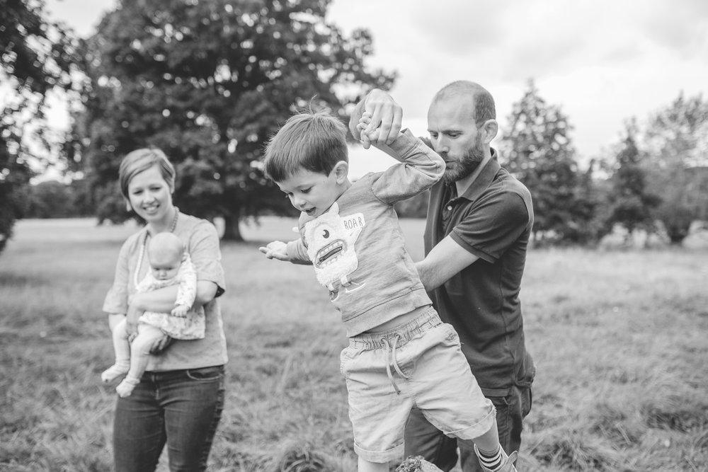 FamilyPhotographerinShrewsbury-7.jpg