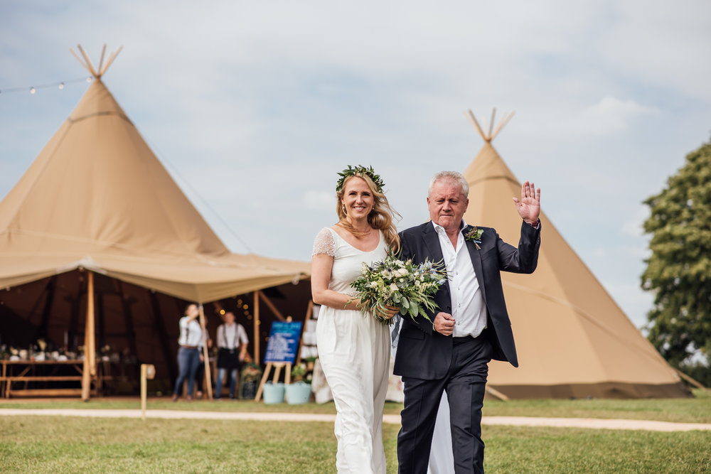 FESTIVAL WEDDING PHOTOGRAPHY - jess & Chris-19.jpg