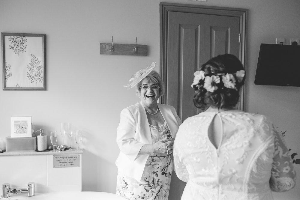 Shropshire Wedding Photography Bishops Castle-14.jpg