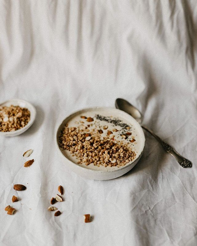 Breakfast. All day, err'day. ⠀ •⠀ •⠀ •⠀ •⠀ •⠀ •⠀ #smallmomementsofcalm #healthyliving#neutrals #gowildlyandslow #wellbeing #thatsdarling #theartofslowliving #seekinspirecreate #styleblogger #lookslikefilm #lifestyle #asecondofwhimsy #folkcreatives #minimalstyle #postitfortheaesthetic #lifestyleblogger #liveauthentic #thehappynow #documentyourdays
