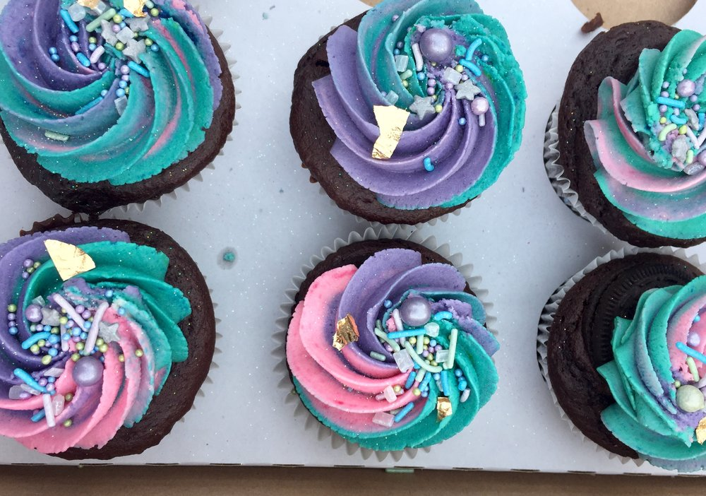 These unicorn vegan cupcakes were explored at Hackney Downs vegan markets on Easter Saturday! Too good and so beautiful!
