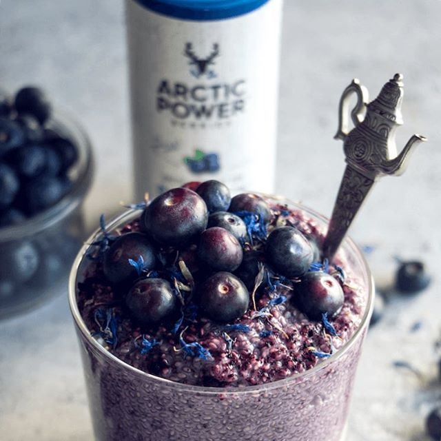 Busy times at Arctic Power Berries HQs: We are still slightly recovering from our Smoothie Pop Up we had at Old Street, we've had a pleasure to warmly welcome Nadja to our team and this week is all about getting ready for the @veganlife_live at Alexandra Palace. For those who can't make it there, please enjoy FREE SHIPPING all this week at www.arcticpowerberries.com 💜 We've also uploaded a punch of new recipes to our website (such as this blueberry chia pudding) so have a look! Xxx Love, Eve & Anna