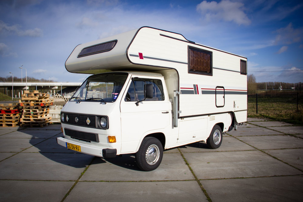 volkswagen-camper-T2-oldtimerland-1.jpg
