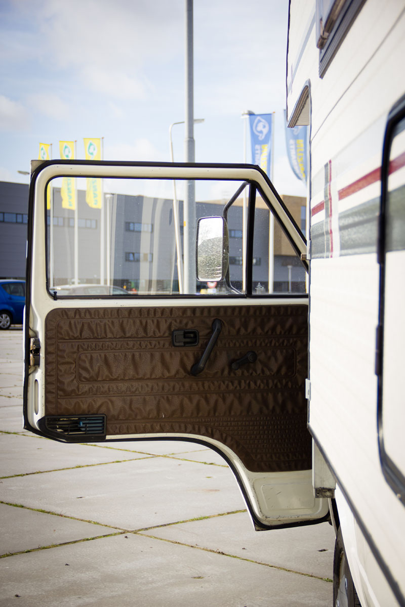 volkswagen-camper-T2-oldtimerland-28.jpg