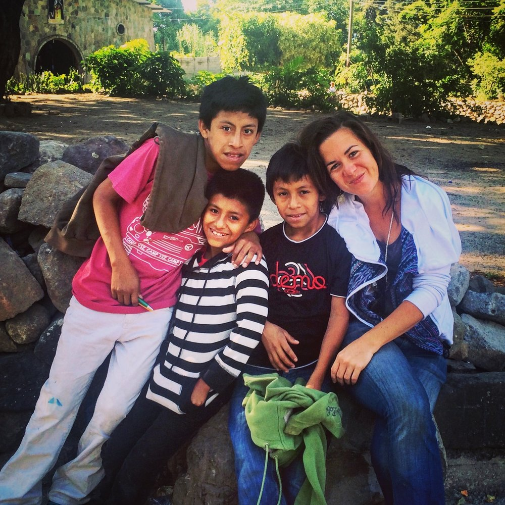 Romaldo, Juan, Maick y Nola