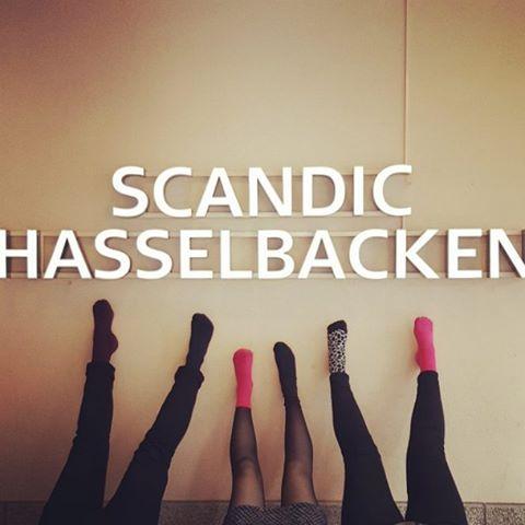 Bokningsteamet rockar sockorna på jobbet idag! #rockthesocks #rockasockorna #scandichasselbacken #Djurgården