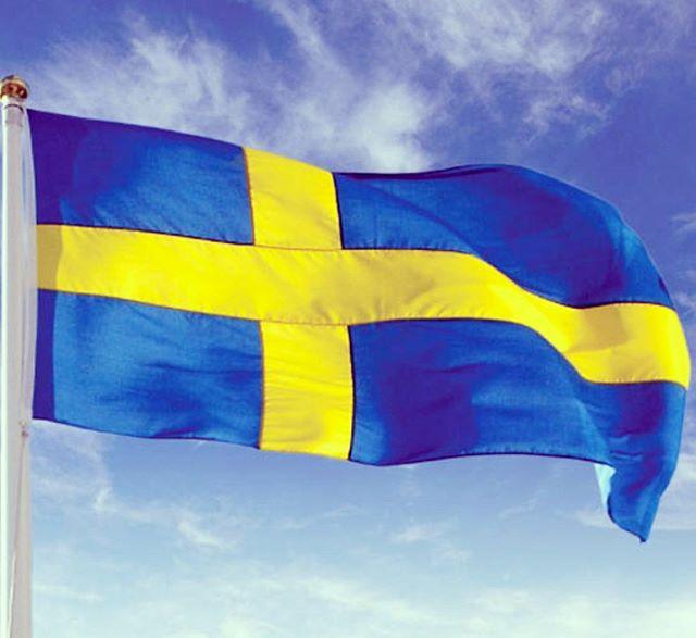 Glad Nationaldag #Sverige! Stockholm har bjudit på strålande väder idag (om man bortser lite moln i början på dagen!) 🌞 Hur har det sett ut i övriga landet? #scandichasselbacken #restauranghasselbacken #Djurgården
