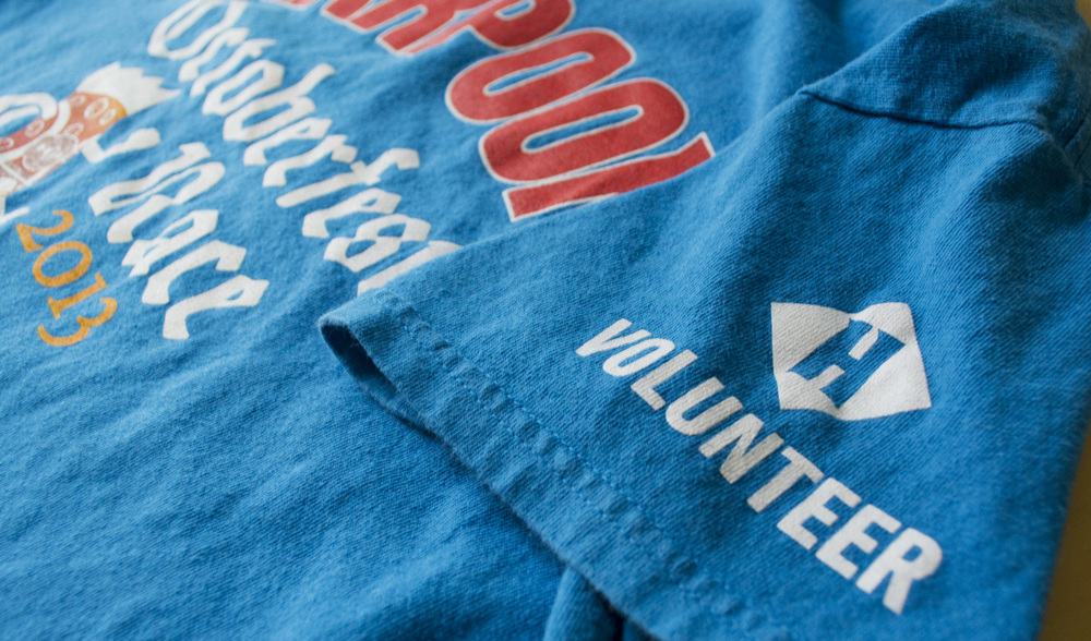 Volunteer sleeve detail