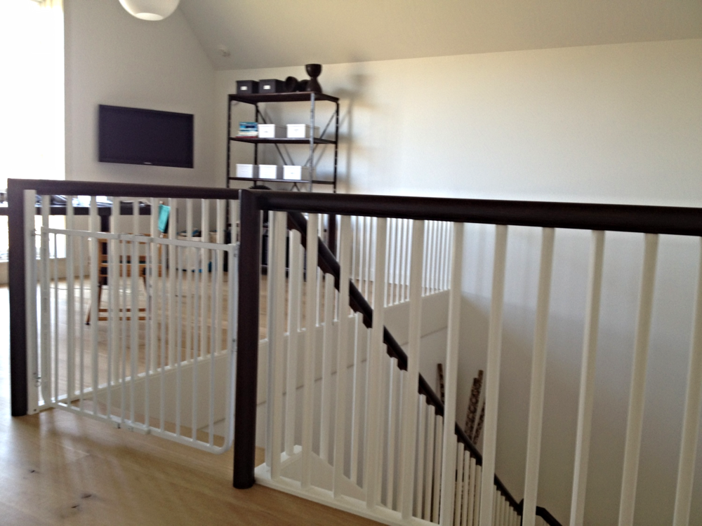 baby gate Child proofing service