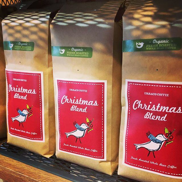 It's beginning to look a lot like Christmas 🎄☕️ Freshly roasted, served all month long!