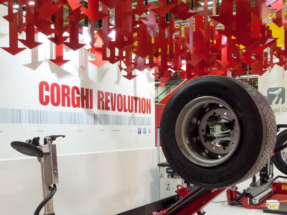 Corghi - Autopromotec 2013_01.jpg