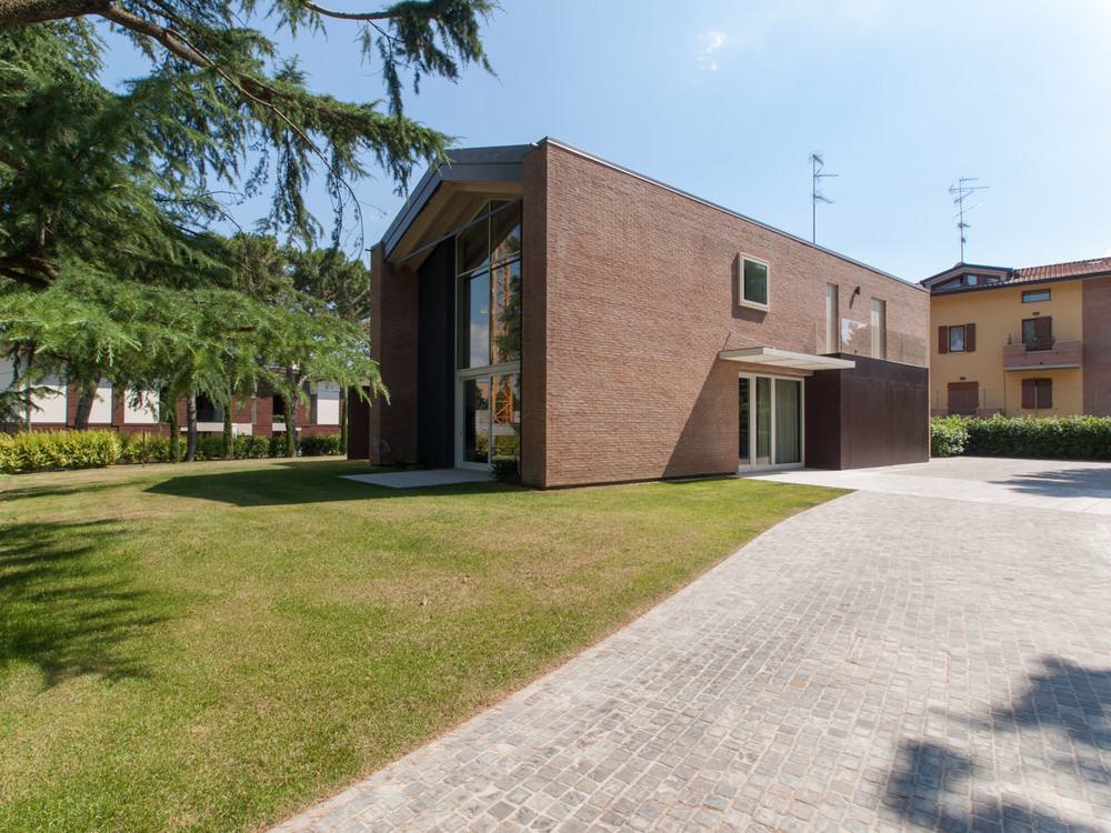Residenza monofamiliare_02.jpg